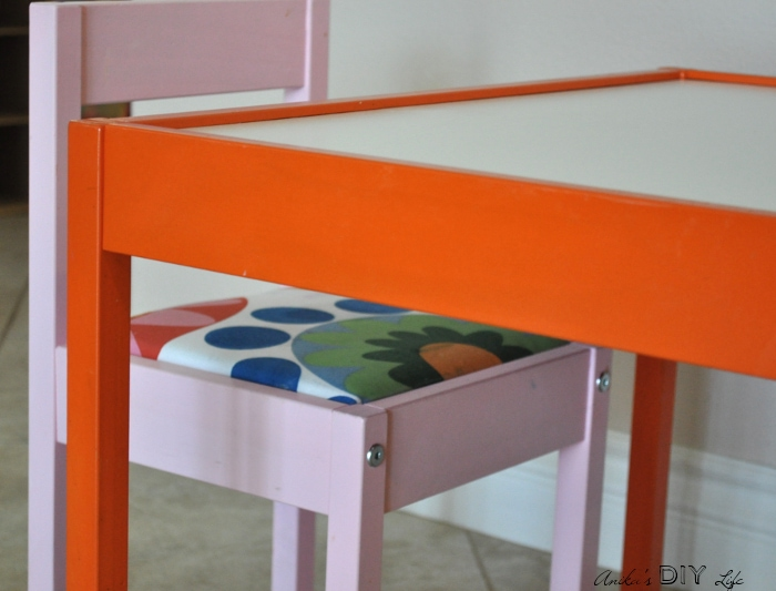 Add fun and color to the plain Ikea Latt table and chair set with this awesome hack!