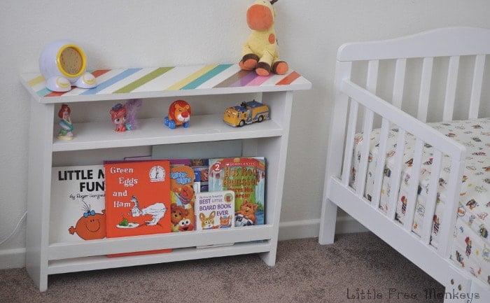 Kids bedside table with book storage - Little FreeMonkeys
