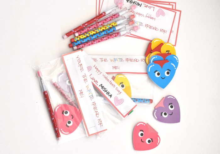 Candy Free Valentines for Kids with free printable | You are the write friend for me