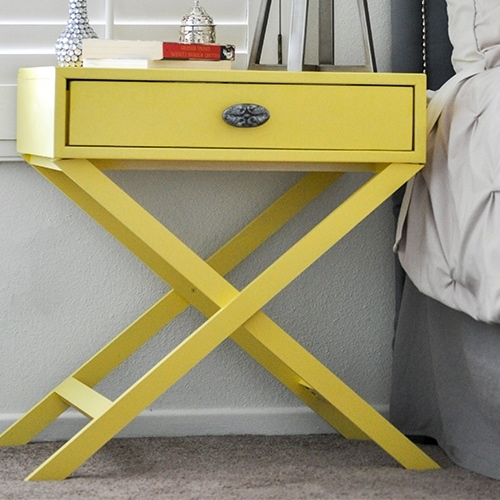 This X-leg accent table is an easy build and this detailed step by step tutorial with free plans will show you how you can build one that looks straight out of the store.