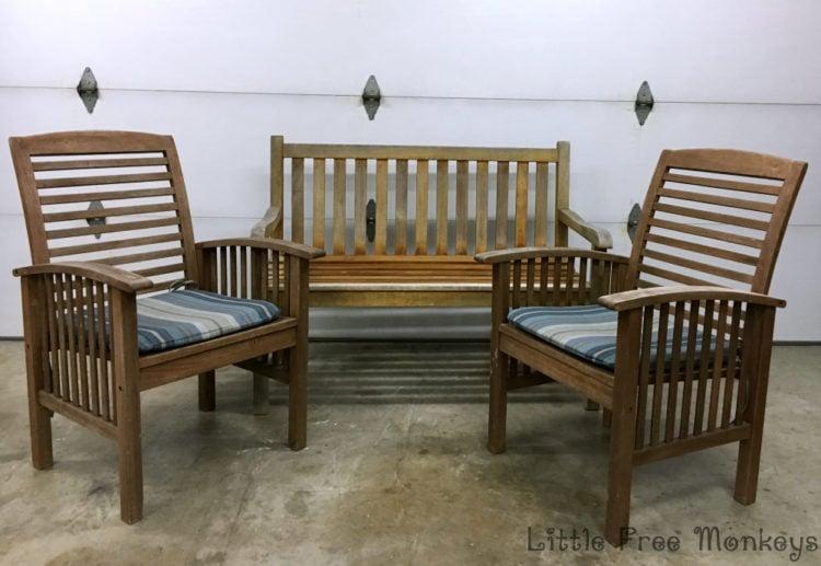 Patio Set before - Little Free Monkeys