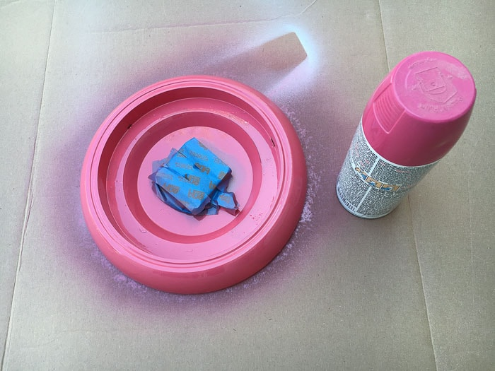 Spray painting the Ikea Rusch wall clock