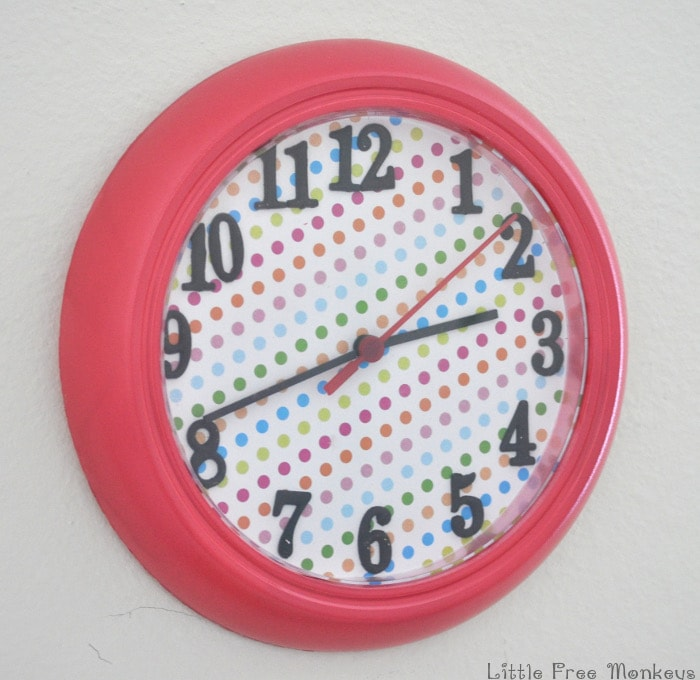 Ikea Rusch wall clock makeover - Little Free Monkeys