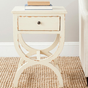 Distressed nightstand - Check out all the other options for affordable nightstands under $150!
