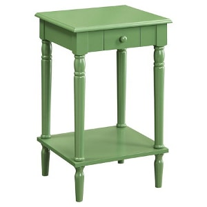 French Country nightstand - Check out all the other options for affordable nightstands under $150!