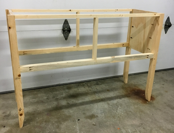 DIY Mirrored Console table - build the frame structure