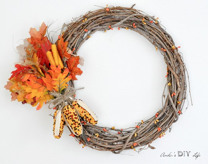 How to make an easy DIY Fall wreath in 5 minutes! Under $10!