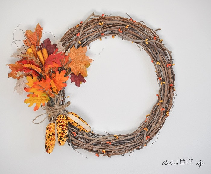 Can you believe this wreath took just 5 minutes and under $10 to make! There is a quick video tutorial included