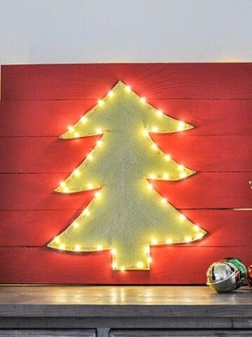 DIY Christmas wall decor with lit LED lights!