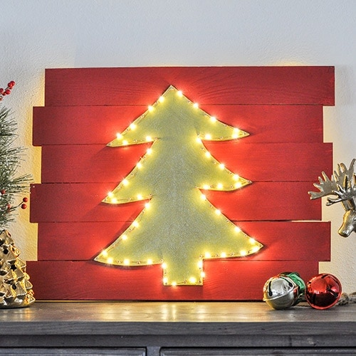 DIY Christmas wall decor with lit LED lights!