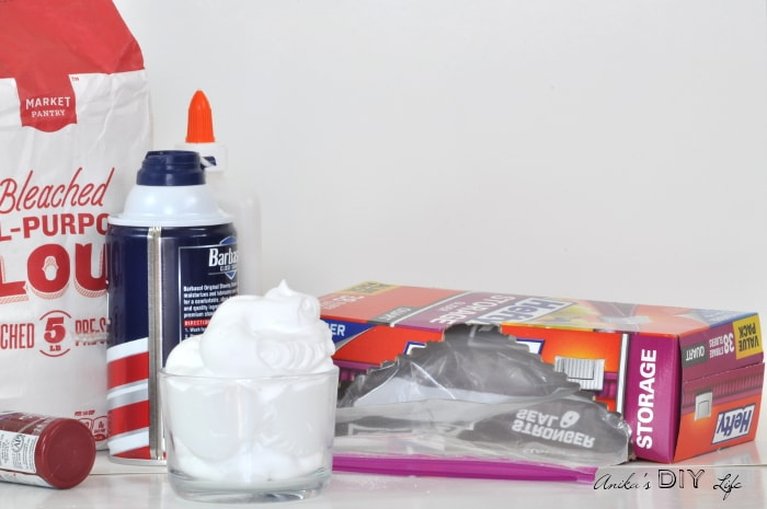Make your own homemade puffy paint for DIY decor projects!
