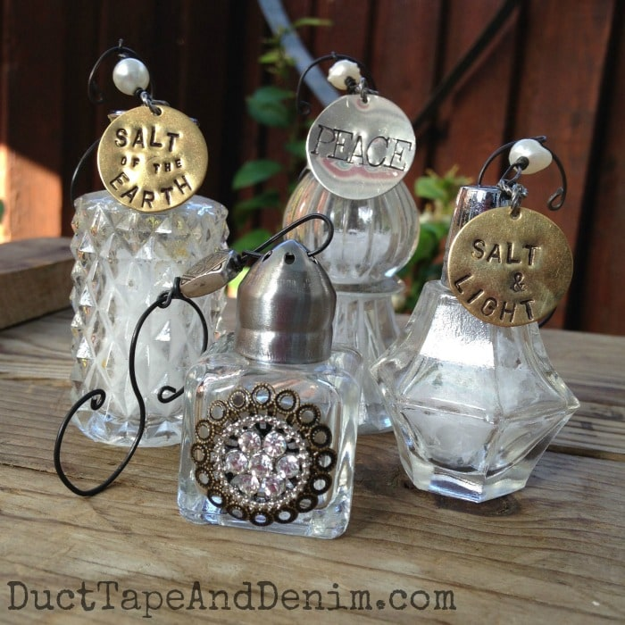 Look at these gorgeous and unique DIY Christmas Ornaments