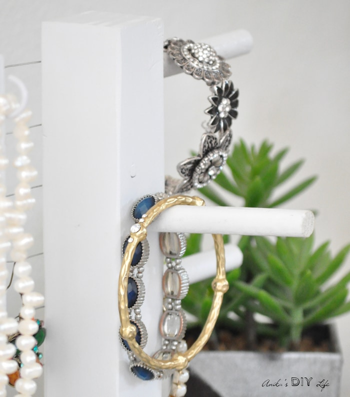 Make an easy and simple DIY Jewelry holder that works perfectly as a bracelet organizer
