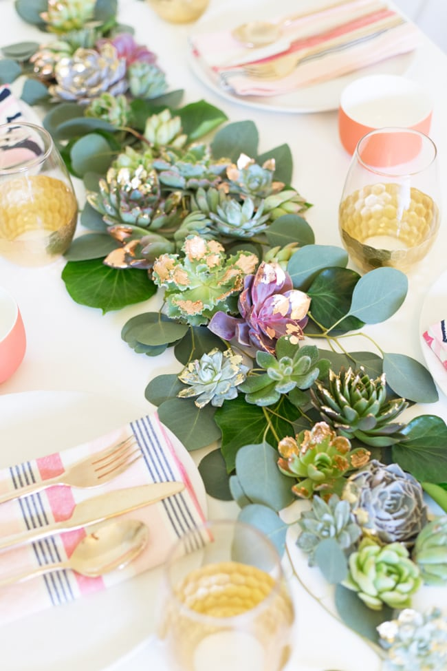 Beautiful gold foil succulent table runner - see the other gold decor ideas!