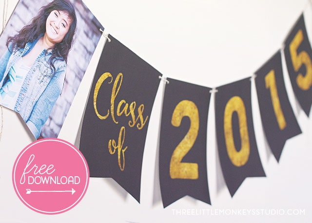 You have got to see all the ideas on this page for DIY gold home decor like this gold foil graduation banner
