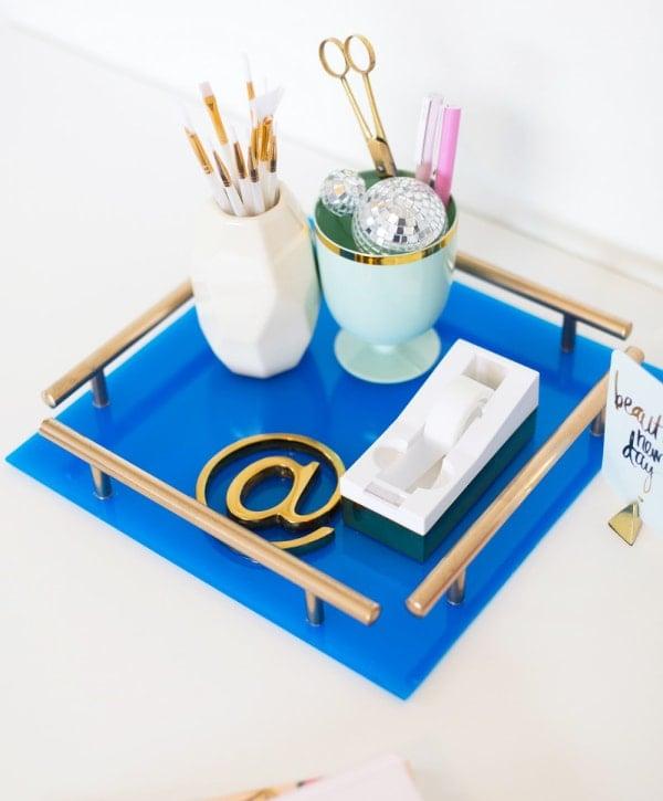 DIY gold acrylic tray - 20 gold DIY home decor ideas