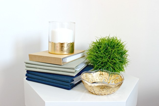 You have got to see all the ideas on this page for DIY gold home decor like this easy gold leaf bowl