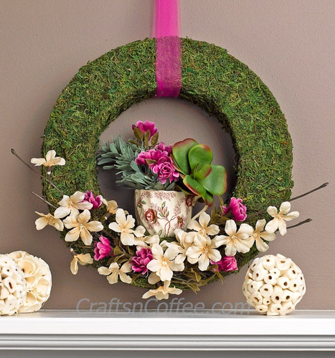 20 gorgeous spring wreath ideas and door decor! You must see #4!