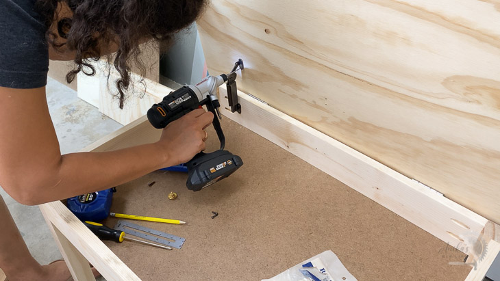 adding support hinges to kids table with storage lid