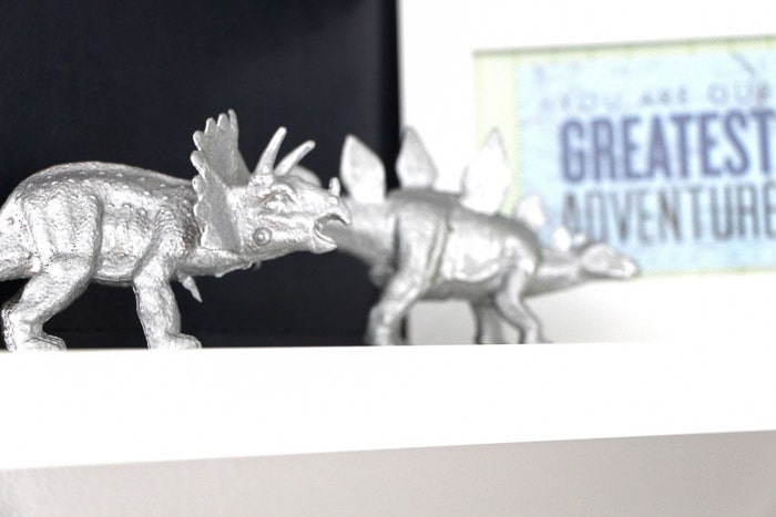 Marvelous Creative Spray Paint Ideas Part - 4: 20 Fun Ways To Use Silver Spray Paint | DIY Silver Spray Paint Home Decor  Ideas