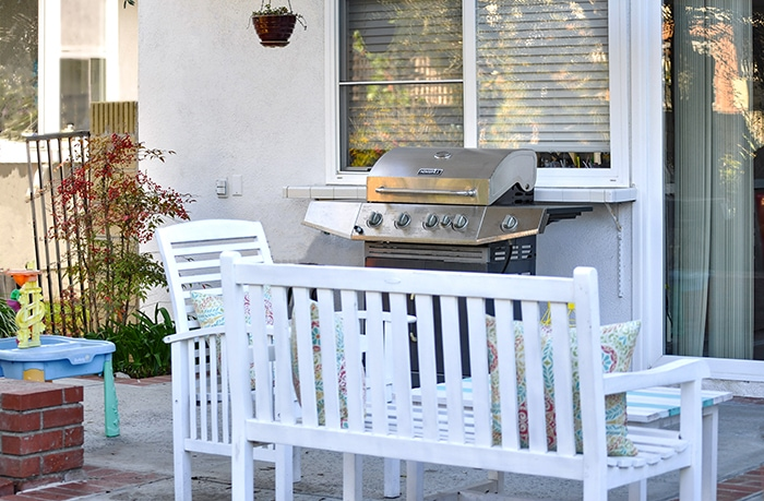 How To Clean Outdoor Patio Furniture Without Chemicals
