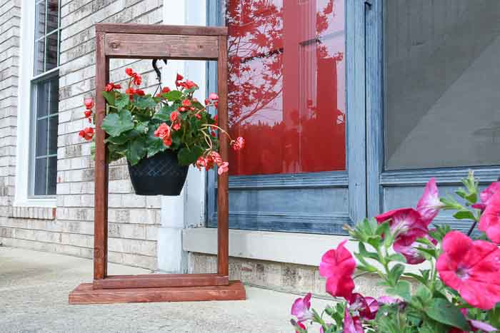20 Easy and Amazing DIY wooden planter box ideas on Hanging Plant Stand Ideas  id=95910