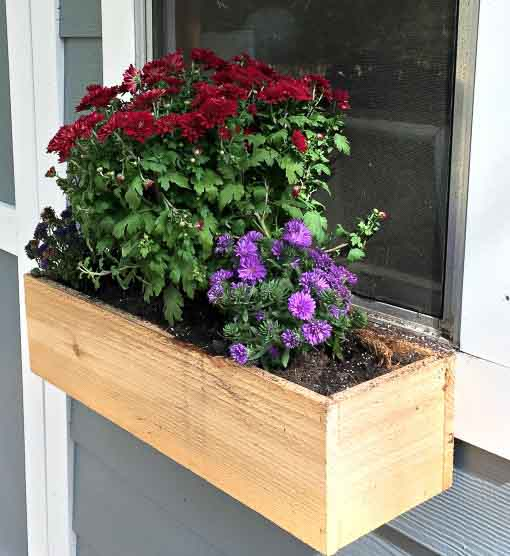DIY Flower Boxes This flower box and many more ideas for DIY Planter Boxes & 15+ Amazing DIY wooden planter box ideas and designs - Anikau0027s DIY ... Aboutintivar.Com