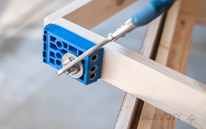 How to fix furniture using a Kreg jig