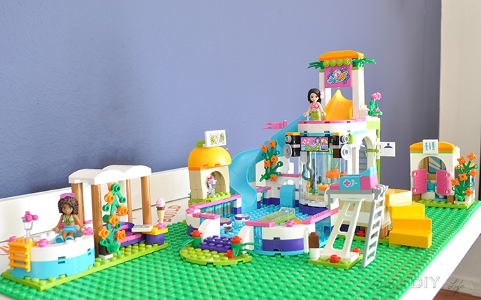 Lego Friends Heartlake pool review