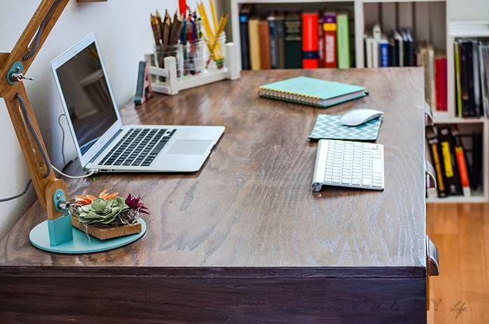 DIY desk with weathered gray brown finish - plans and tutorial