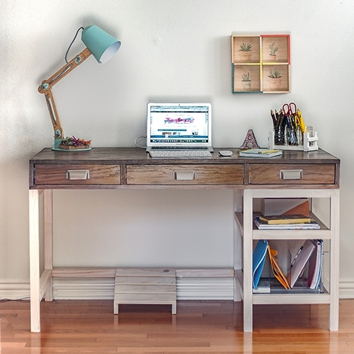 DIY Modern Farmhouse Desk (Plans and video) - Anika\'s DIY Life