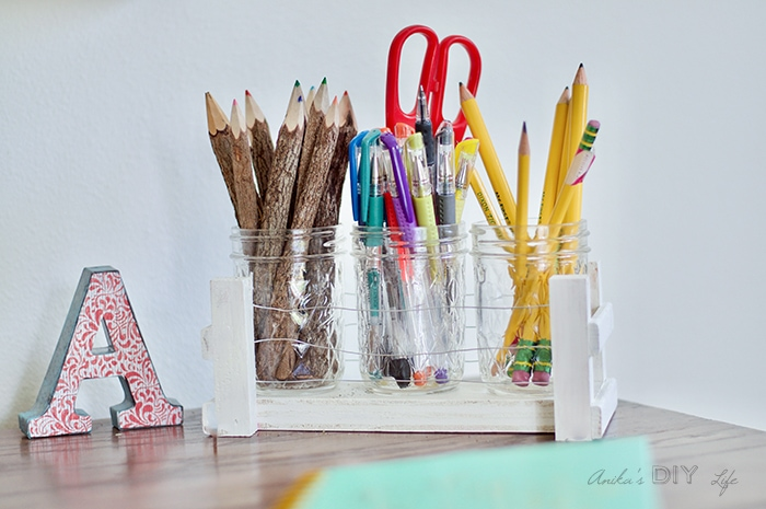 Easy Mason jar organizer for your desk using scrap wood and floral wire