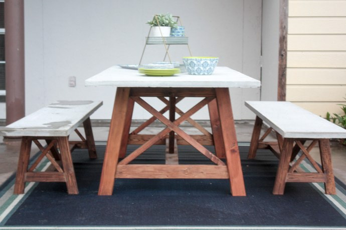 X-leg patio table with concrete top | Many more x-leg furniture ideas for you!