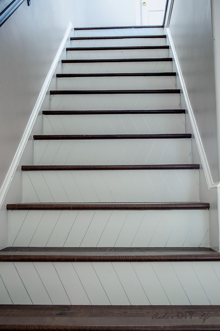 DIY Staircase makeover idea!