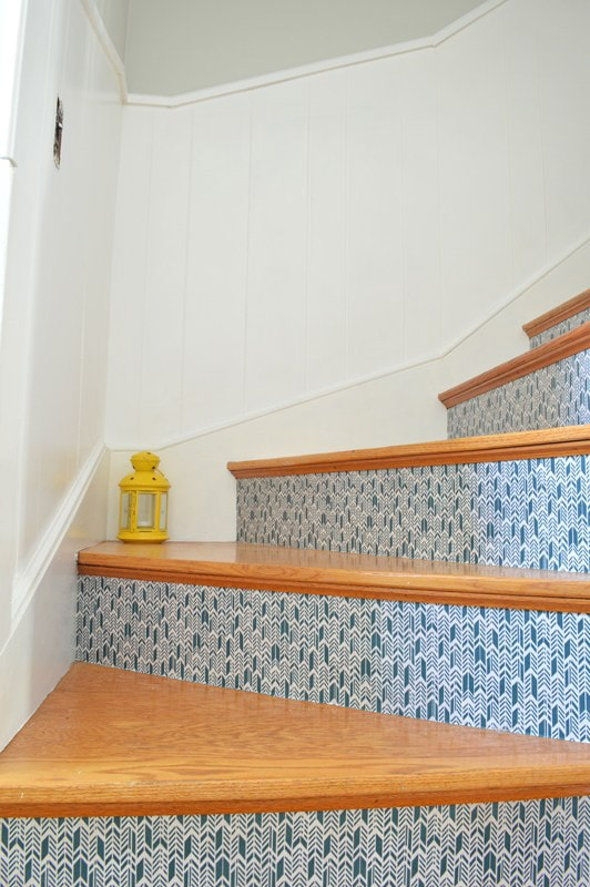 staircase makeover with fabric | Inspiration to makeover your staircase
