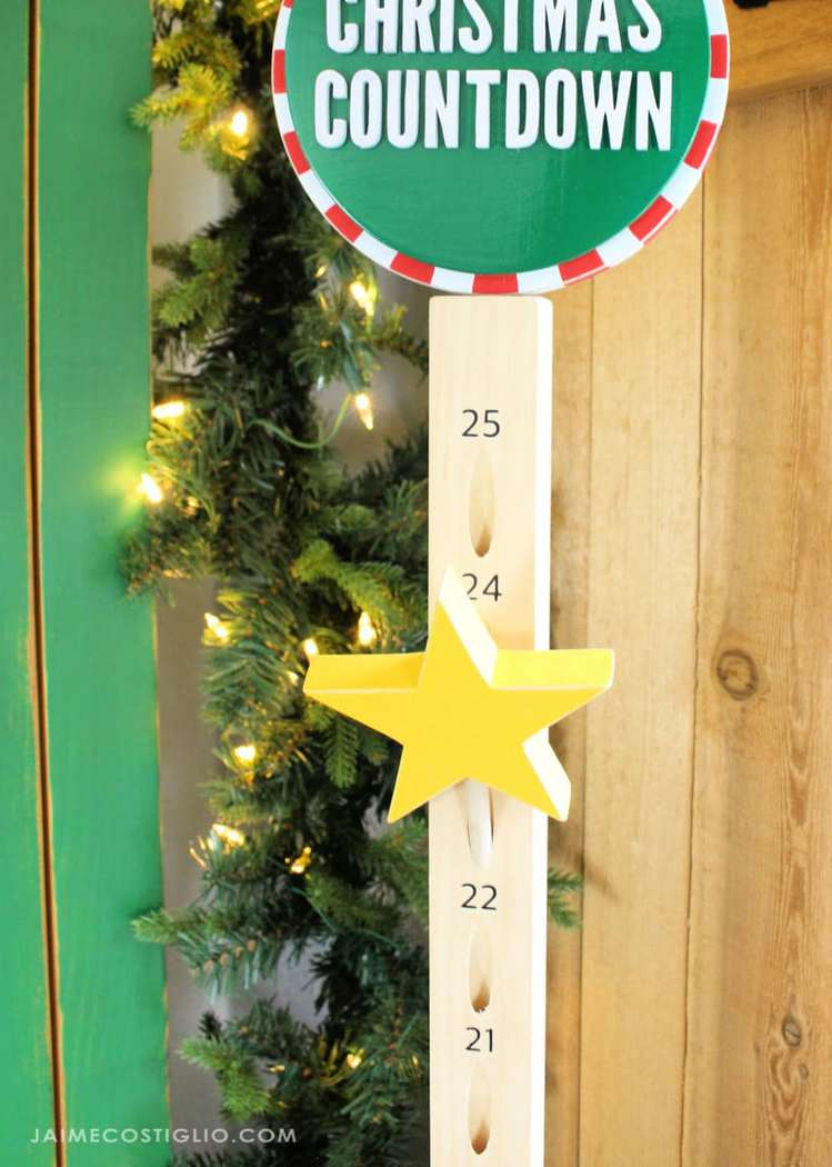 Wood pole advent calendar using pocket holes as countdown marker