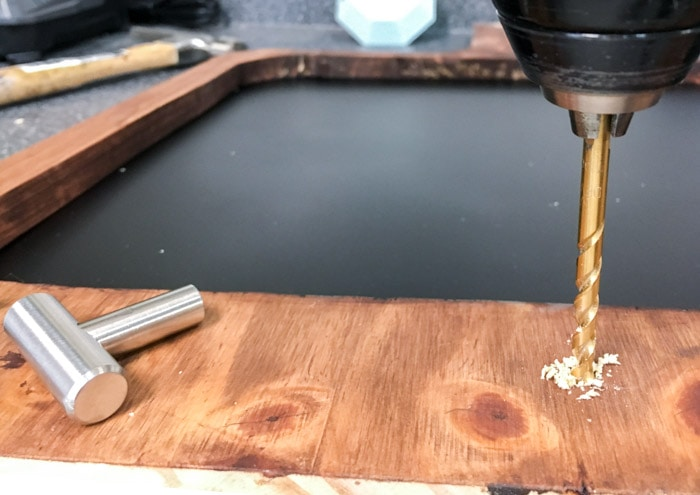 Attaching knobs to the cutting board
