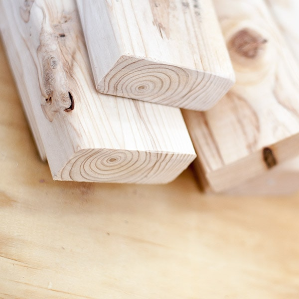 27 Simple and Amazing 2×4 Wood Projects