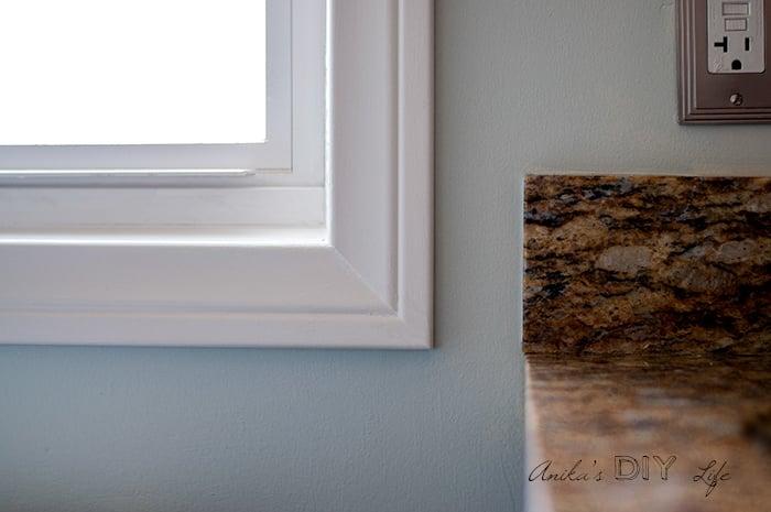 Window corner with DIY trimmed casing