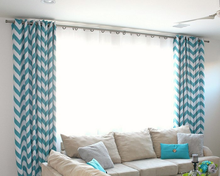 Diy Curtain Rod Using Electrical Conduit In Living Room With Teal And White Curtains