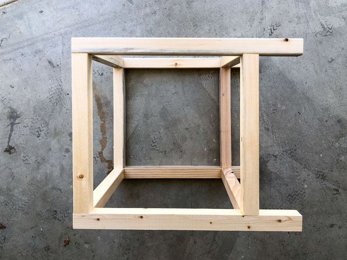 Building the frame to make the lattice planter box