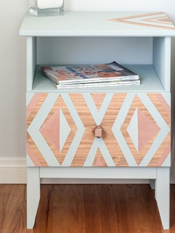 This Ikea Tarva nightstand hack is so simple and yet so amazing! This quick Ikea nightstand makeover is sure to add a punch to your room!