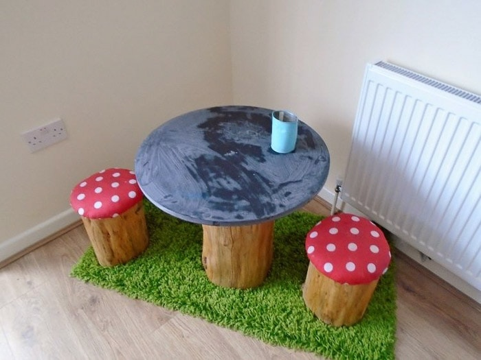 DIY tree trunk toadstool kids table