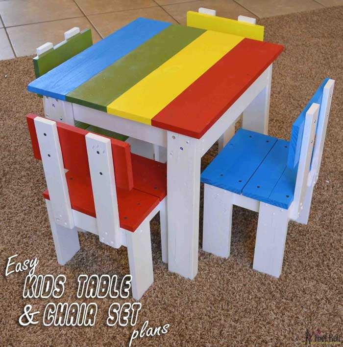 Simple and colorful kids table and chair set