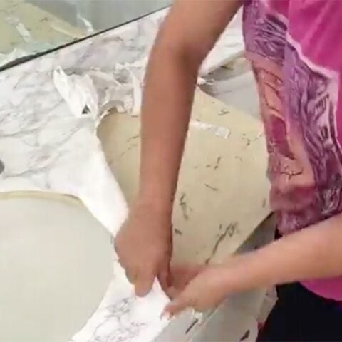 How to remove contact paper. Is it easy to remove contact paper? What's the best way to remove contact paper? What's underneath it? Get all your questions answered!