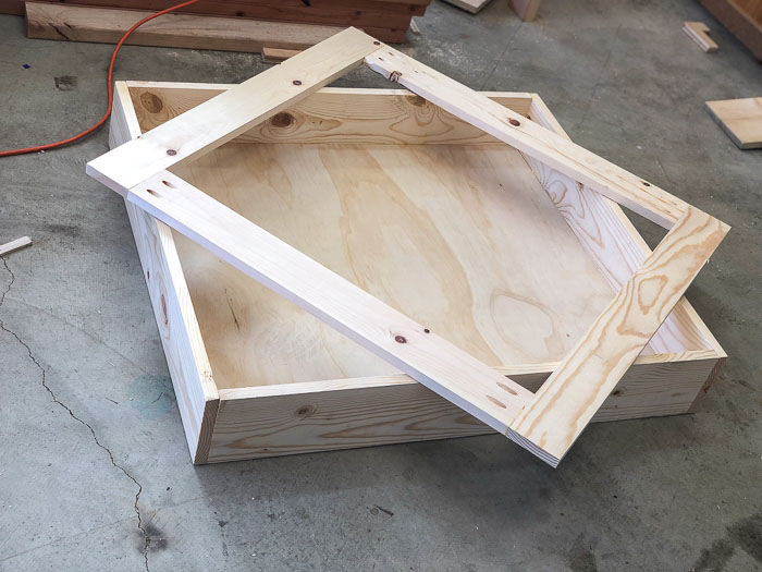 building the lid of the underbed shoe storage