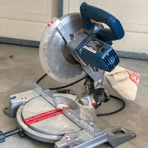 A detailed beginners guide for how to use a miter saw. Get all the basics, tips and tricks - everything you need to know in one place.