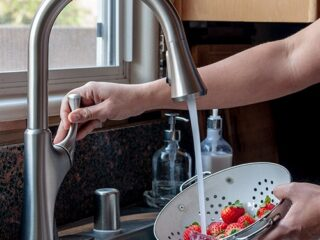How To Replace A Kitchen Faucet For Newbies Anika S Diy
