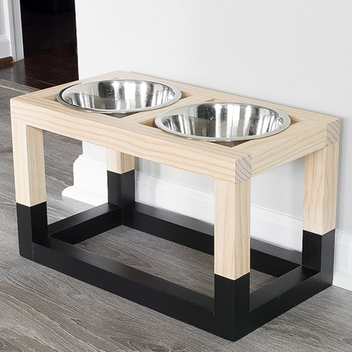 Simple DIY Dog Bowl Stand Plans