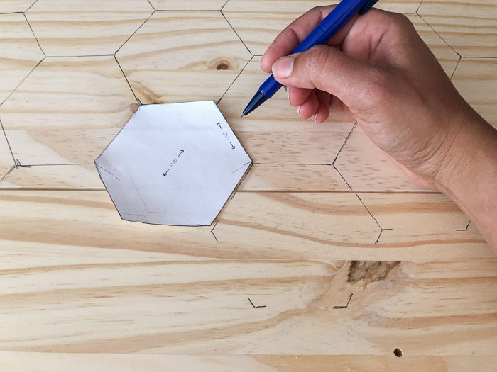 Tracing hexagons on the rast drawer fronts